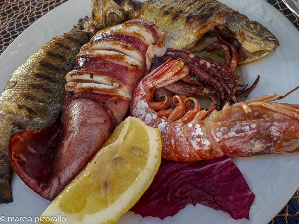 onde comer em Sorrento peixe