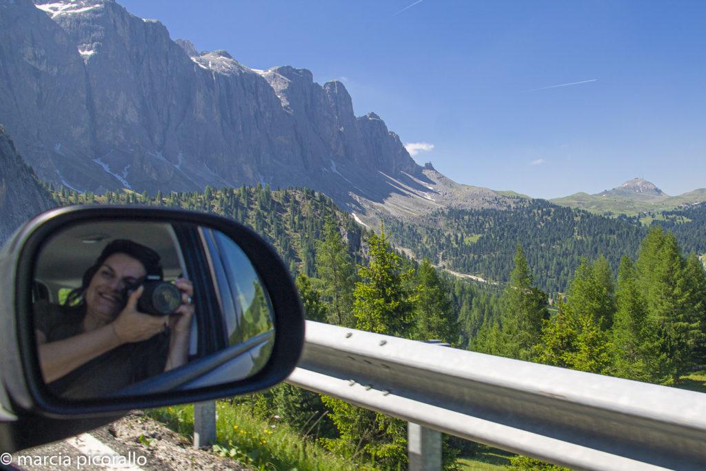 dirigindo na Itália dolomitas