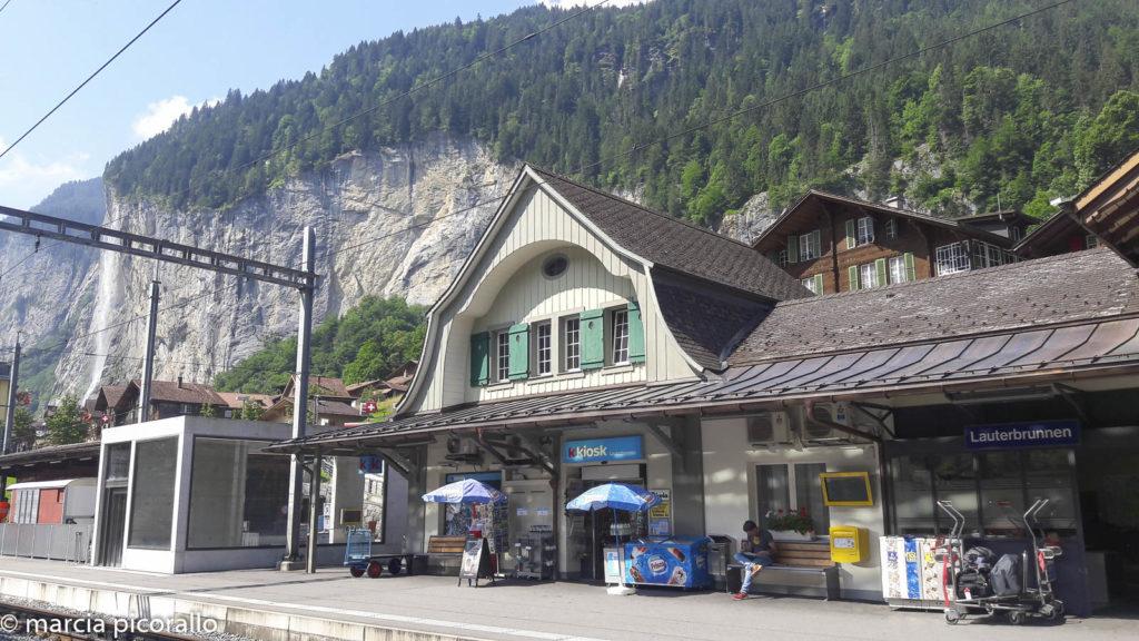 Vale de Lauterbrunnen trem